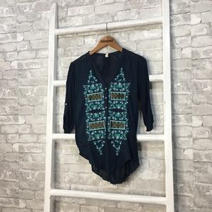 Anthropologie Tiny Embroidered Top Size Medium